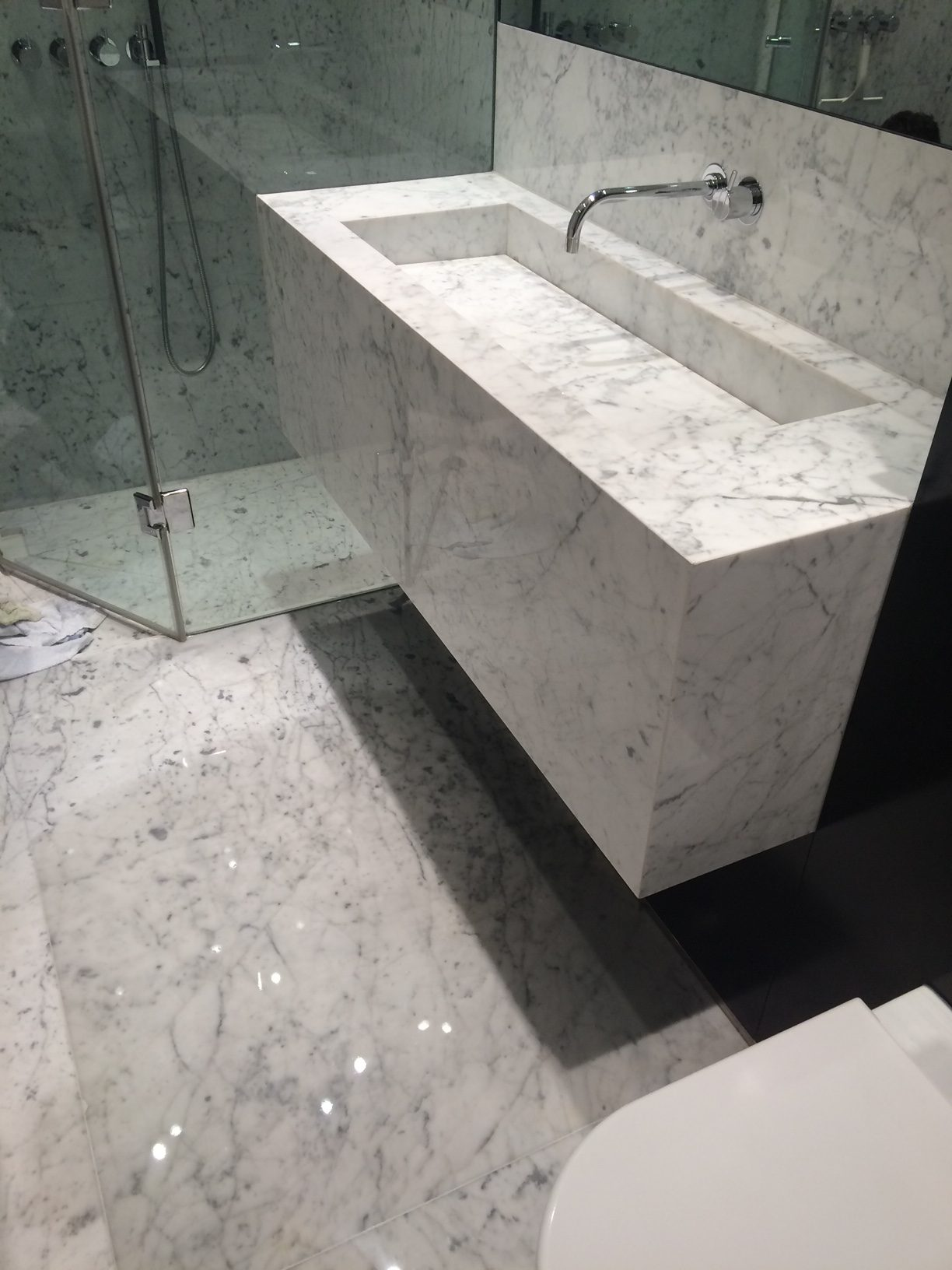 Marble Bathroom SIlk